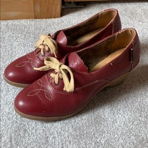 Vintage 1970s leather platform loafers streetcars